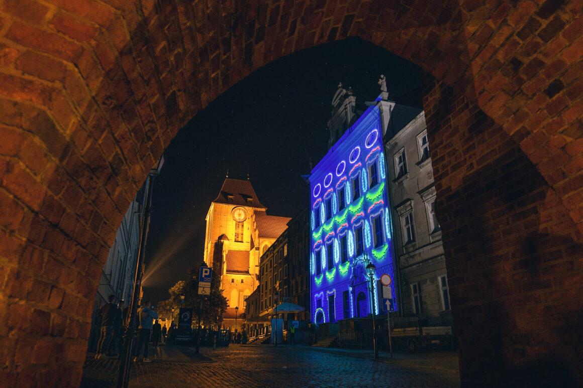 mapping na Pałacu Dąbskich | 6. Bella Skyway Festival